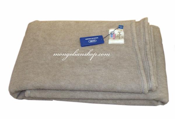 warm soft cashmere blanket 215x185 brown