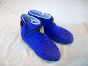 felt slippers (blu)