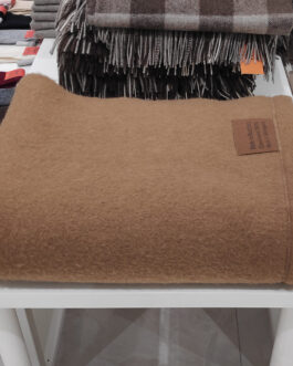 Camel wool blanket Mete 200x145cm (78x57in)