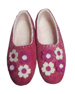 felt slippers flowers