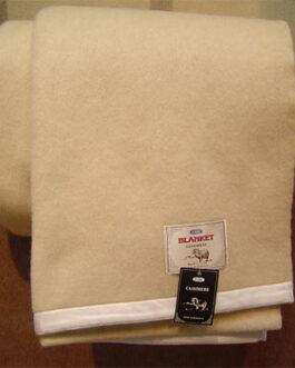 Cashmere blanket 200 x 180 cm white